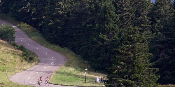 Der Schwarzwald Super! lockt mit tollen Abfahrten und knackigen Anstiegen