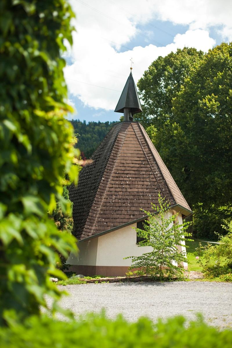 Durch das malerische Ibental zum Wallfahrtsort Maria Lindenberg