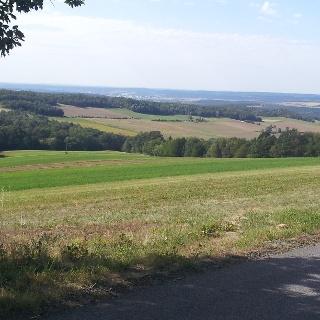 Blick von Podgoria in das sanfte Hügelland