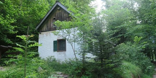 Kurz darauf das Wegmacherhaus, da soll ein kleines Museum drin sein, die Tür ist jedoch verschlossen