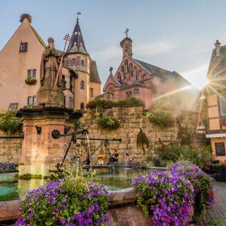 Fountain of Saint-Leo at Sunset