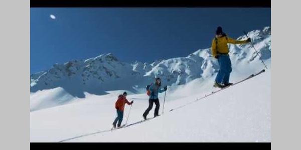 Madrisa Rundtour - in die Schweiz und zurück ins Montafon   Vorarlberg