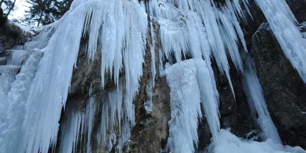 Eiszapfen in der Melchaaschlucht