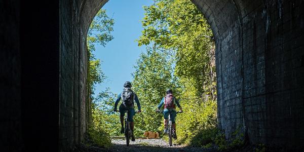 Tunnel beim Aufstieg in Stans