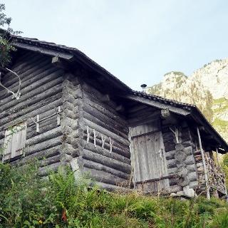 Grünbergalm-Jagdhütte ~1250m