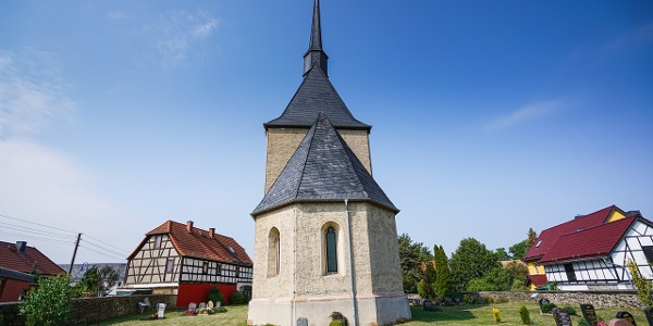 Chorturmkirche in Wöhlsdorf bei Auma