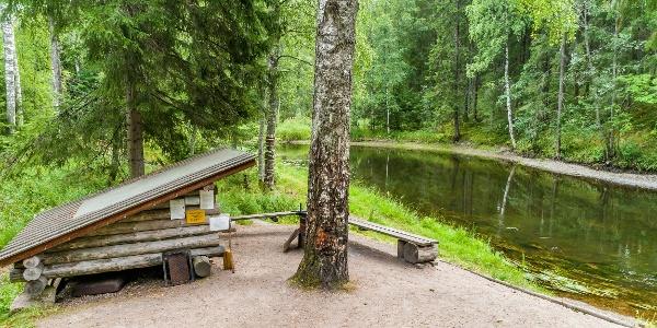Kangaskoski lean-to shelter
