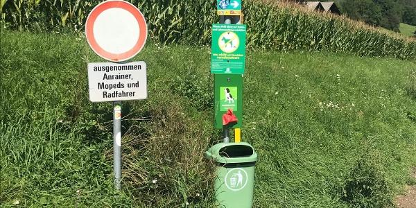 Wegweiser Radweg Fernpass/Biberwier in Richtung Tarrenz
