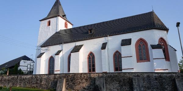 Kirche St. Mariä Geburt in Baasem