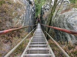 Foto Die lange Treppe auf dem Rauenstein