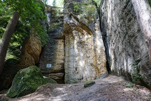 Foto An der Götzingerhöhle (Diebshöhle)