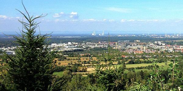 Blick über Karlsruhe und Ettlingen vom Pavillion Hannesenberg