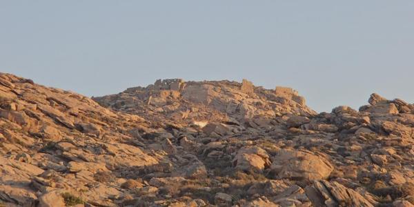 Ruinen von Apano Kastro