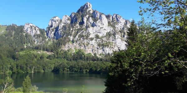 Blick auf Laudachsee und Katzenstein