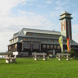 das Fichtelberghaus in 1215m Höhe