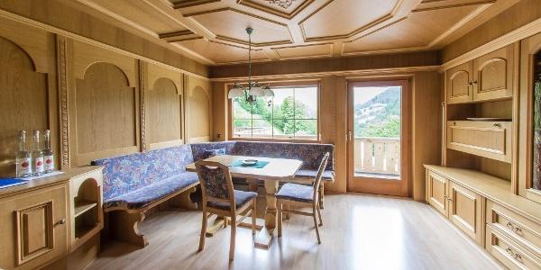 Wohnzimmer Ferienwohnung Eisen 2