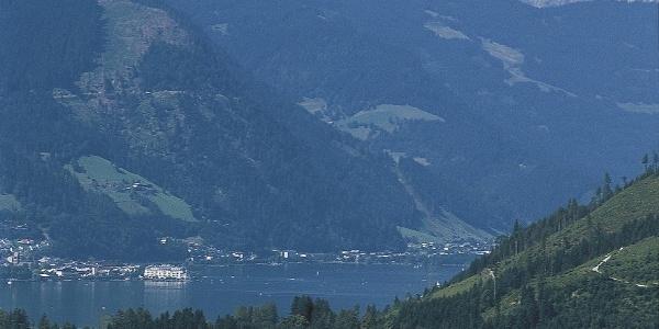 Blick auf Bruck am Zellersee.