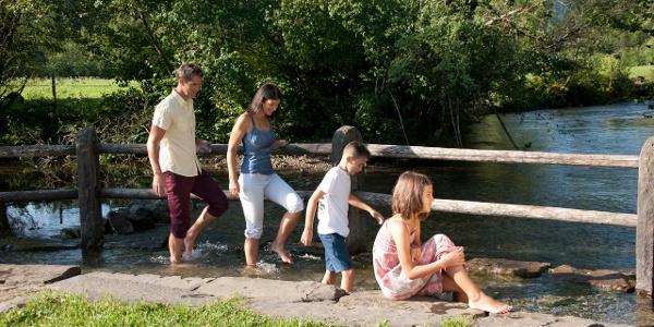 Kneipptretbecken im Fischinger Kurpark