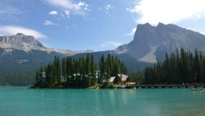 Emerald Lake mit Emerald Lake Lodge.