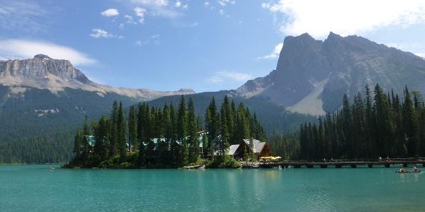 The Emerald Lake and Emerald Lake Lodge