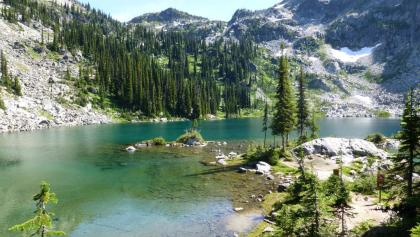 Der Miller Lake am Mount Revelstoke.