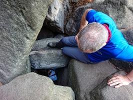 Foto Hier kann Hilfestellung beim Ausstieg aus der Höhle geleistet werden