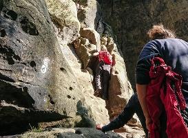 Foto Der Einstieg in die Rübezahlstiege erfordert Mut und Klettergeschick