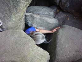 Foto Der sehr enge Höhlenausstieg im oberen Teil der Rübezahlstiege