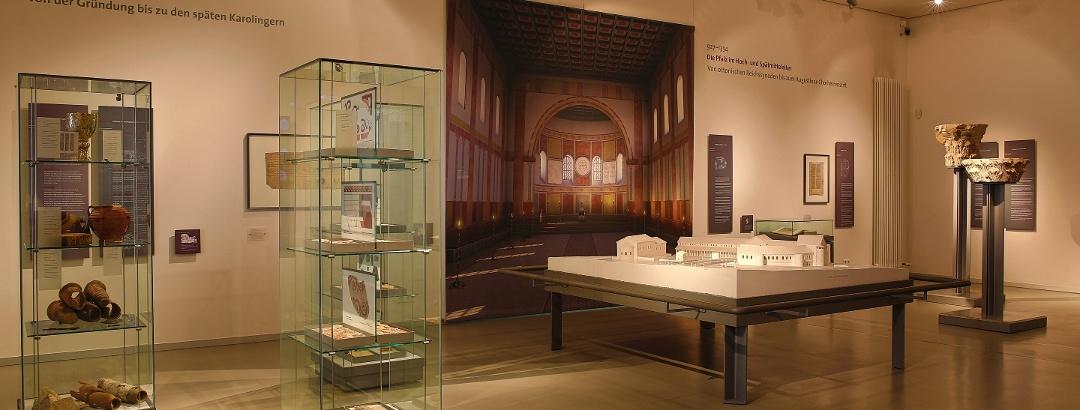 Innenraum des Museums bei der Kaiserpfalz