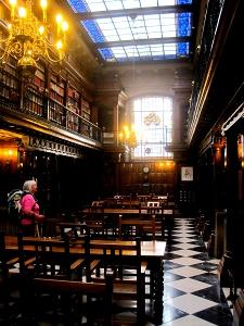 Santander: Bibliothek Menédez Pelayo