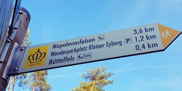 Erstes Ziel Büttelfels. Das Ziel, der Napoleonsfelsen, wird auch schon angezeigt.