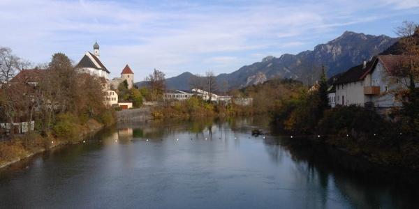 Blick von der Theresienbrücke auf den Lech
