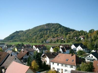 Rielasingen-Worblingen mit Blick zum Rosenegg