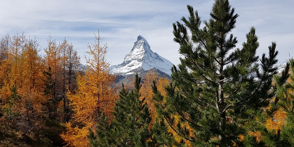 View from the hiking path to the Matterhorn