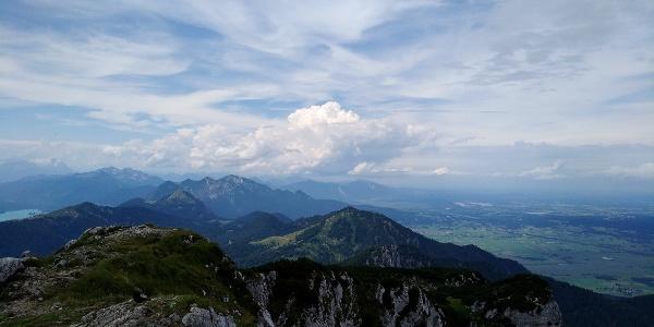 Ausblick von der Benediktenwand Richtung Westen
