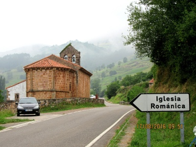 Iglesia Románica vor Lafuente