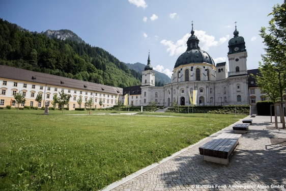 Cycle tour – Ettal Abbey and Linderhof Palace