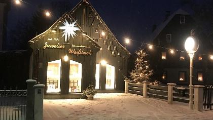 Glockenspiel am Juwelier Weißbach in Thalheim Weihnachten