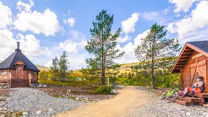 Ylläsjärvi-Äkäslompolo maastopyöräilyreitti