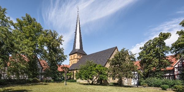 Apostelkirche am Alten Kirchplatz in Gütersloh