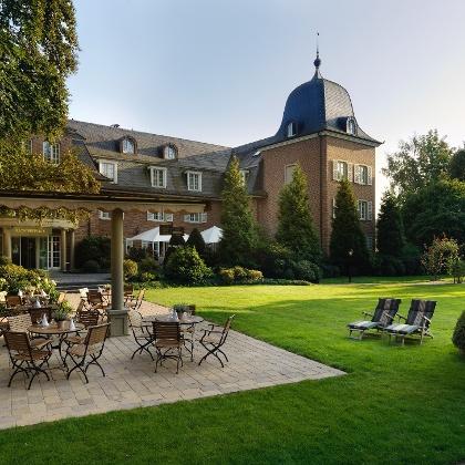 Klosterpforte_Haupthaus_von vorne