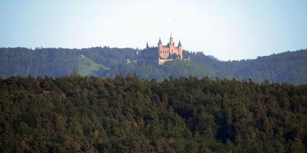 Blick auf Burg Hohenzollern - Rottenburg-Frommenhausen