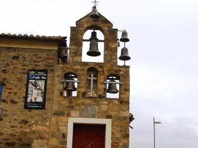 Pilgern - vorbei an ungewohnten Architekturen