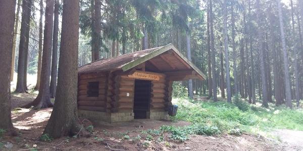 Schutzhütte am Hohen Forst