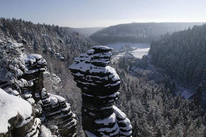 Foto Blick von der Kanzelsteinaussicht ins Bielatal zur Ottomühle