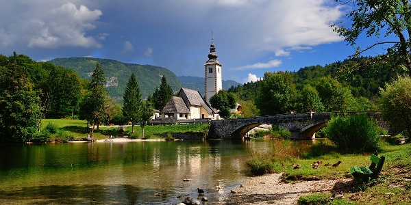 Sv. Janez Krstnik in most