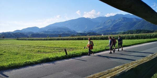 Blick durch Harpfe zurück zu Steiner Alpen
