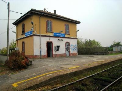 Santa Cristina E Bissone: Bahnhof