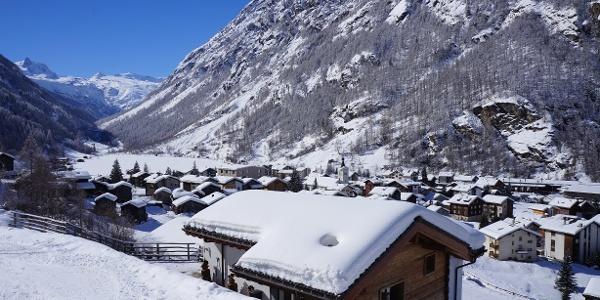 Täsch avec vue sur Zermatt