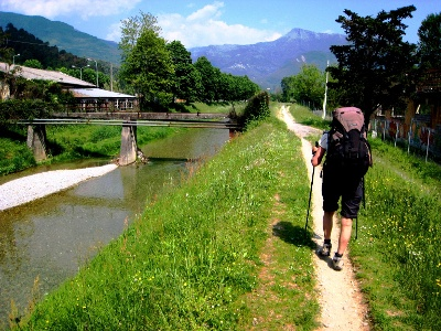 entlang des Fiume Camaiore